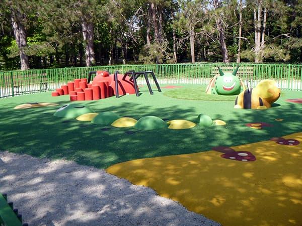Aire de jeux du Parc de la Saussaie à Chevigny-Saint-Sauveur en Côte-d'Or - Aj3m